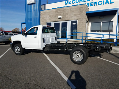 2018 Silverado 3500 Regular Cab DRW 4x4 Cab Chassis #FCHJ61 - photo 2