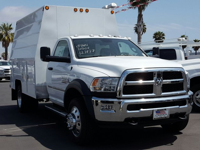 2017 Ram 4500 Regular Cab DRW, Service Utility Van #D1977 - photo 4