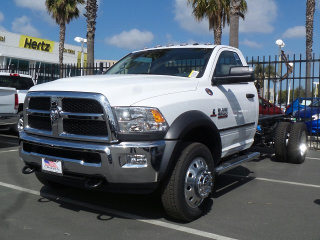 2017 Ram 4500 Regular Cab DRW 4x4, Cab Chassis #D2533 - photo 3