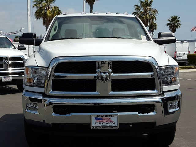 2017 Ram 3500 Regular Cab Cab Chassis #D2604 - photo 3