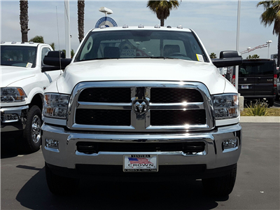 2017 Ram 3500 Regular Cab, Cab Chassis #D2612 - photo 3