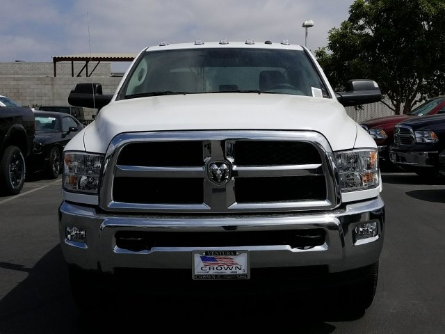 2017 Ram 3500 Crew Cab Cab Chassis #D3162 - photo 3
