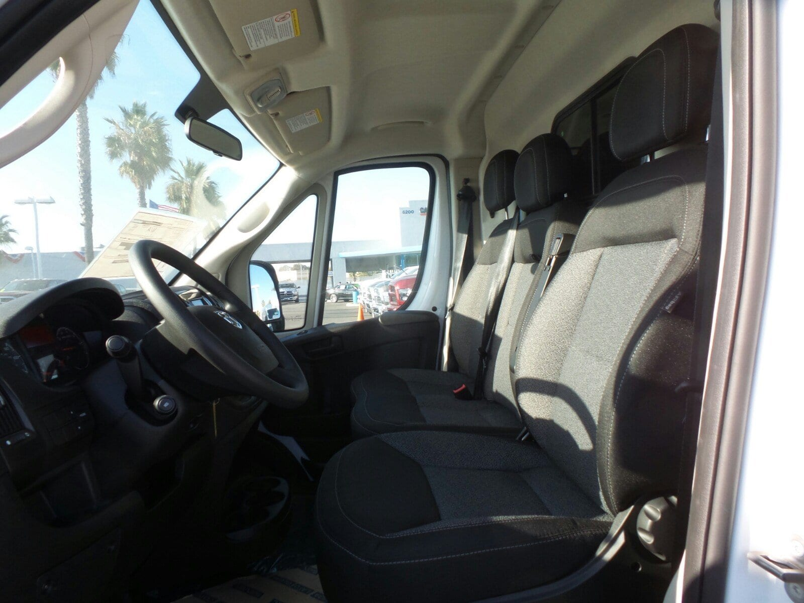 2018 ProMaster 2500 High Roof, Cargo Van #E1074 - photo 7