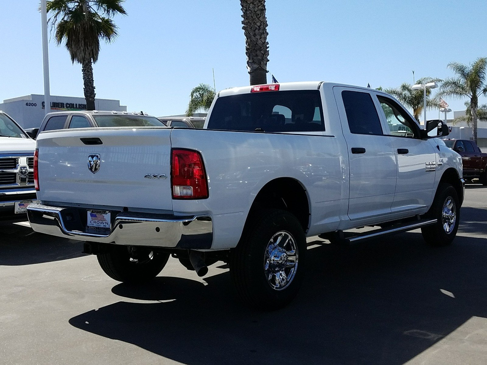 2018 Ram 2500 Crew Cab 4x4 Pickup #E1137 - photo 6