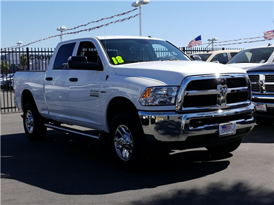 2018 Ram 2500 Crew Cab 4x4 Pickup #E1137 - photo 4