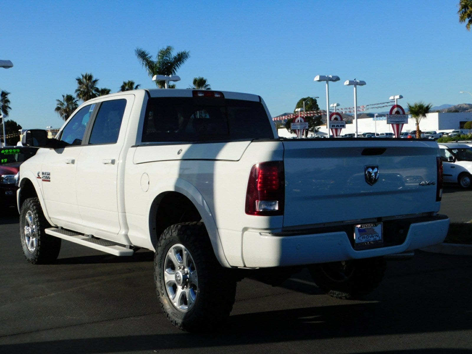 2018 Ram 2500 Crew Cab 4x4, Pickup #E1421 - photo 2