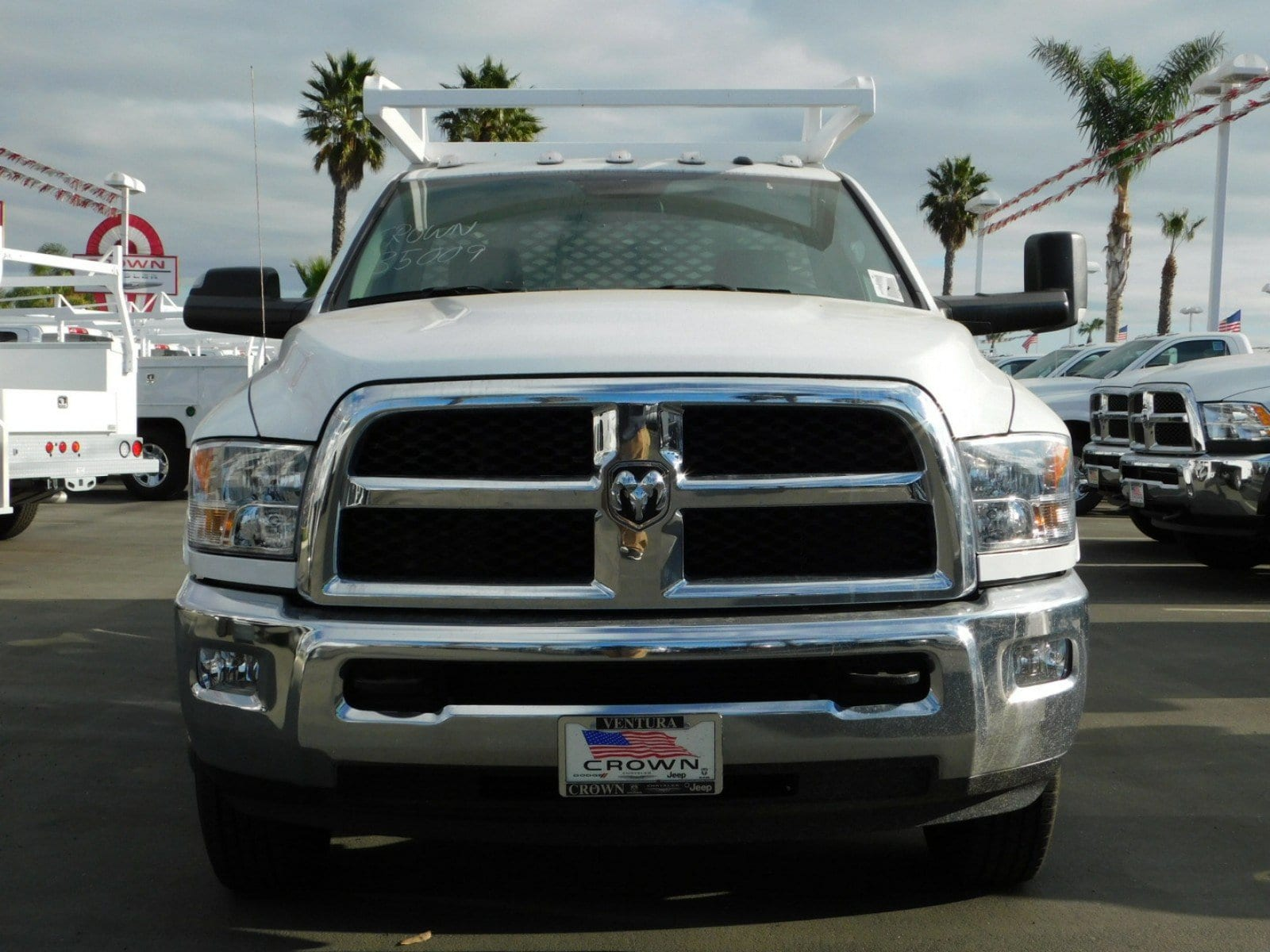 2018 Ram 3500 Regular Cab DRW, Scelzi Contractor Body #E1602 - photo 3