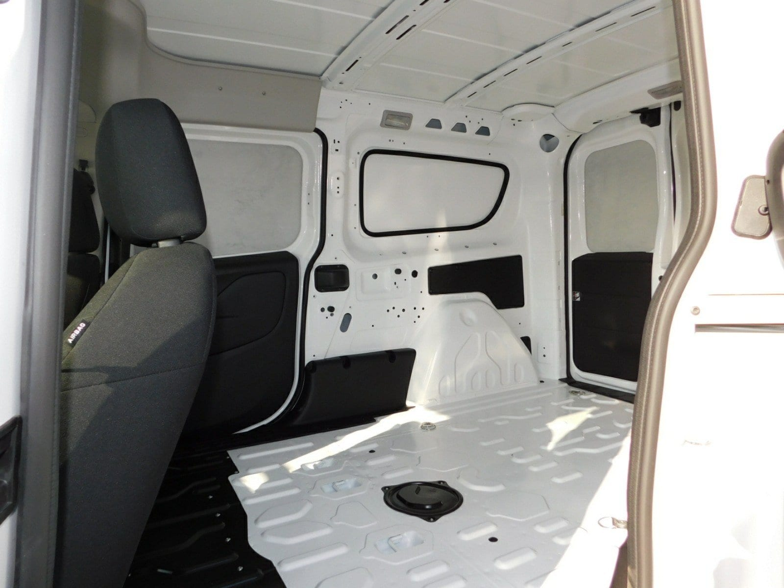 2018 ProMaster City,  Empty Cargo Van #E1752 - photo 2