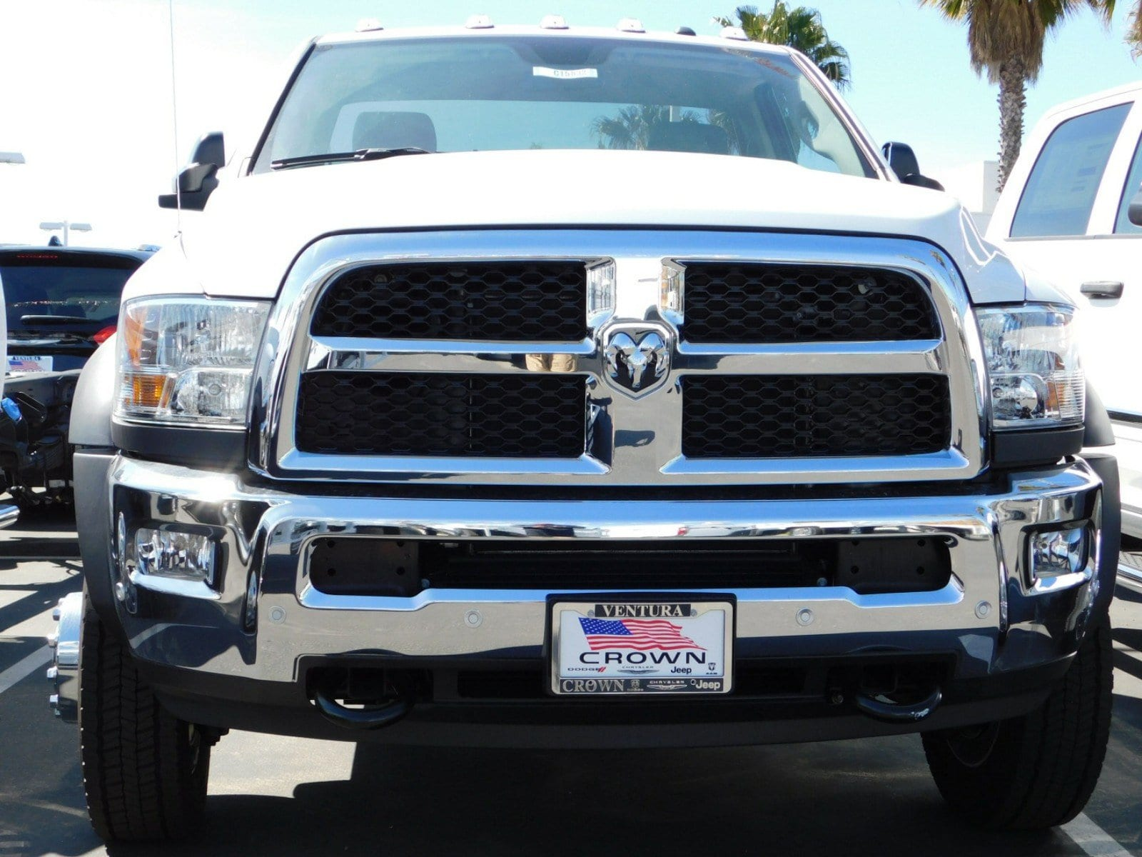 2018 Ram 5500 Regular Cab DRW, Cab Chassis #E1884 - photo 4