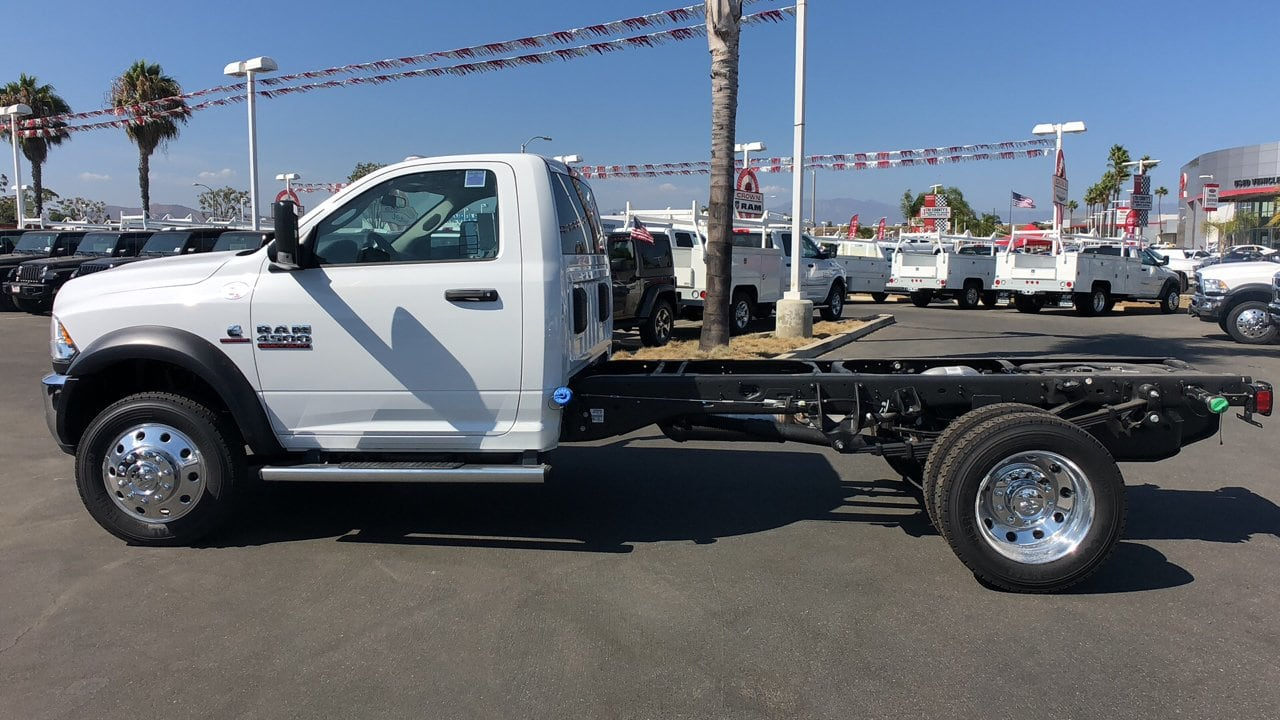 2018 Ram 4500 Regular Cab DRW 4x2,  Cab Chassis #E2701 - photo 9