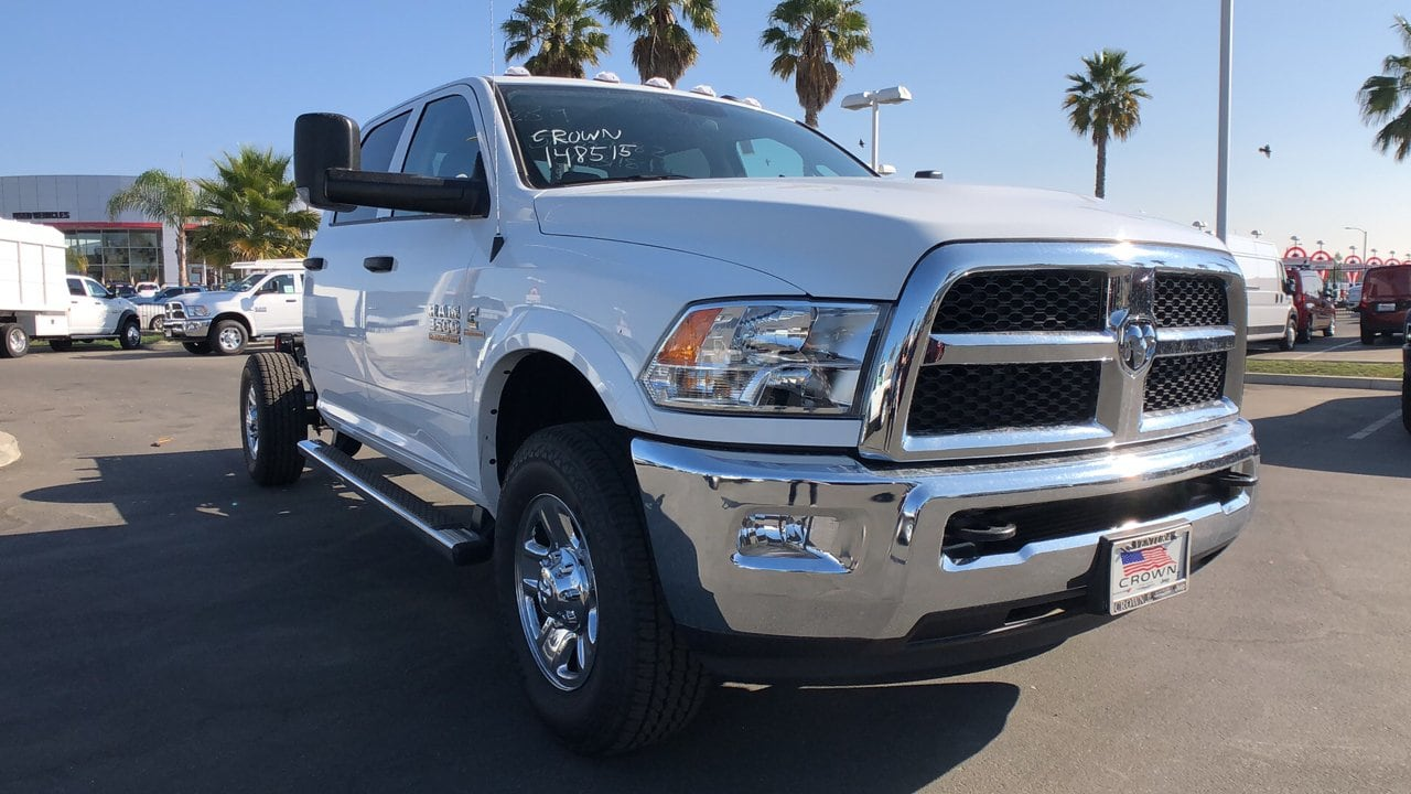 2018 Ram 3500 Crew Cab 4x2,  Cab Chassis #E2970 - photo 4