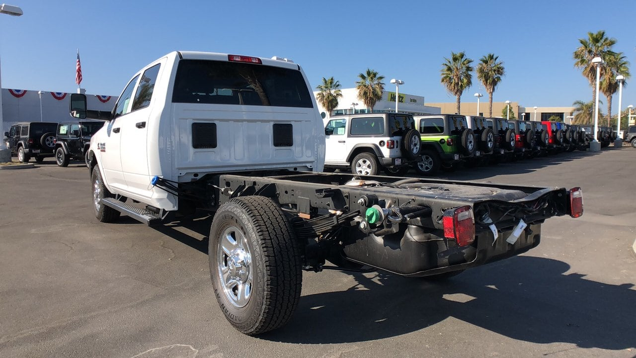 2018 Ram 3500 Crew Cab 4x2,  Cab Chassis #E2970 - photo 2