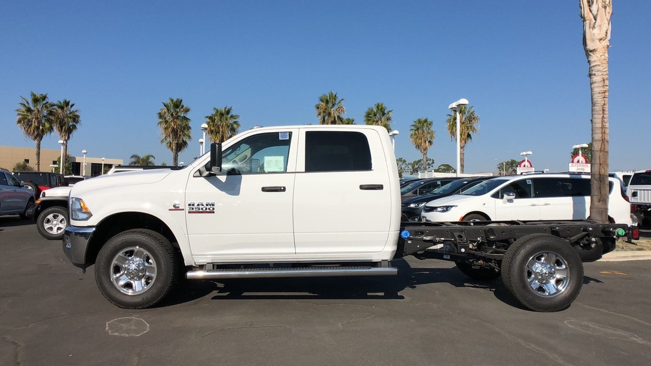 2018 Ram 3500 Crew Cab 4x2,  Cab Chassis #E2970 - photo 8