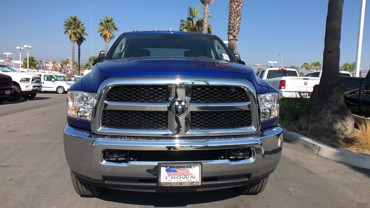 2018 Ram 2500 Crew Cab 4x4,  Pickup #E2975 - photo 3