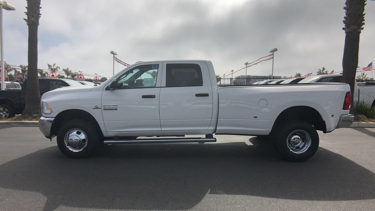 2018 Ram 3500 Crew Cab DRW 4x4,  Pickup #E2983 - photo 9