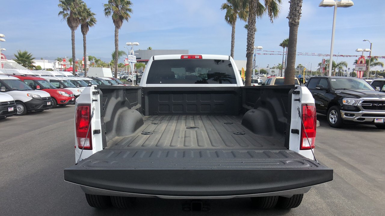 2018 Ram 3500 Crew Cab DRW 4x4,  Pickup #E2983 - photo 23