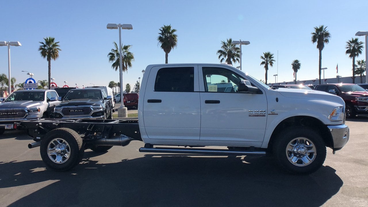 2018 Ram 3500 Crew Cab 4x4,  Scelzi Service Body #E3066 - photo 6