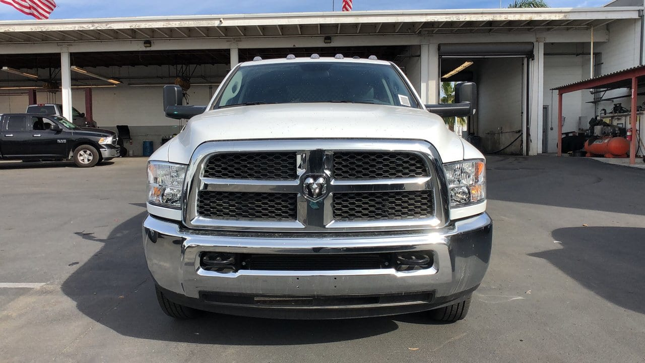 2018 Ram 3500 Crew Cab DRW 4x2,  Harbor Platform Body #E3165 - photo 3