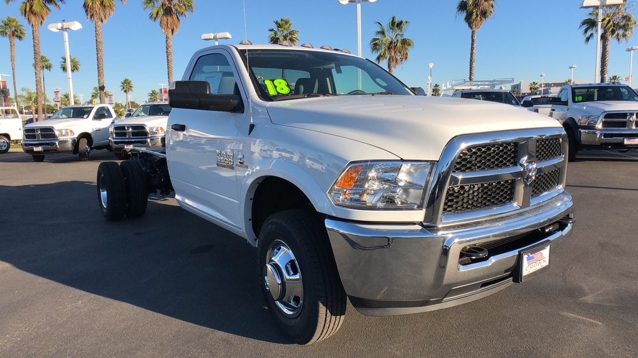 2018 Ram 3500 Regular Cab DRW 4x4,  Cab Chassis #E3179 - photo 3