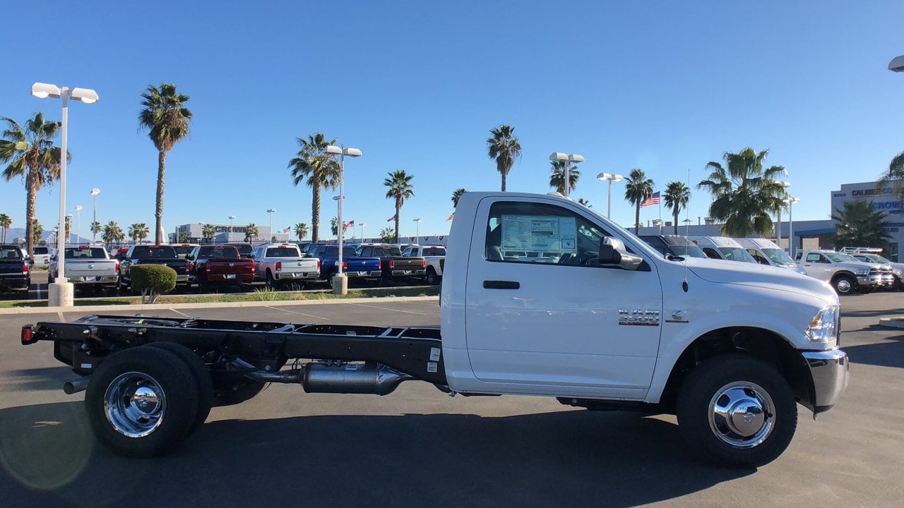 2018 Ram 3500 Regular Cab DRW 4x2,  Cab Chassis #E3201 - photo 5