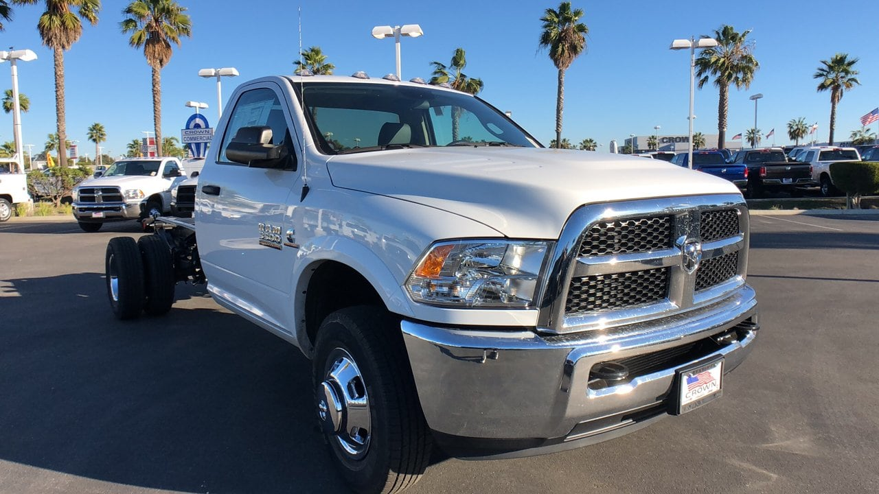 2018 Ram 3500 Regular Cab DRW 4x2,  Cab Chassis #E3202 - photo 5