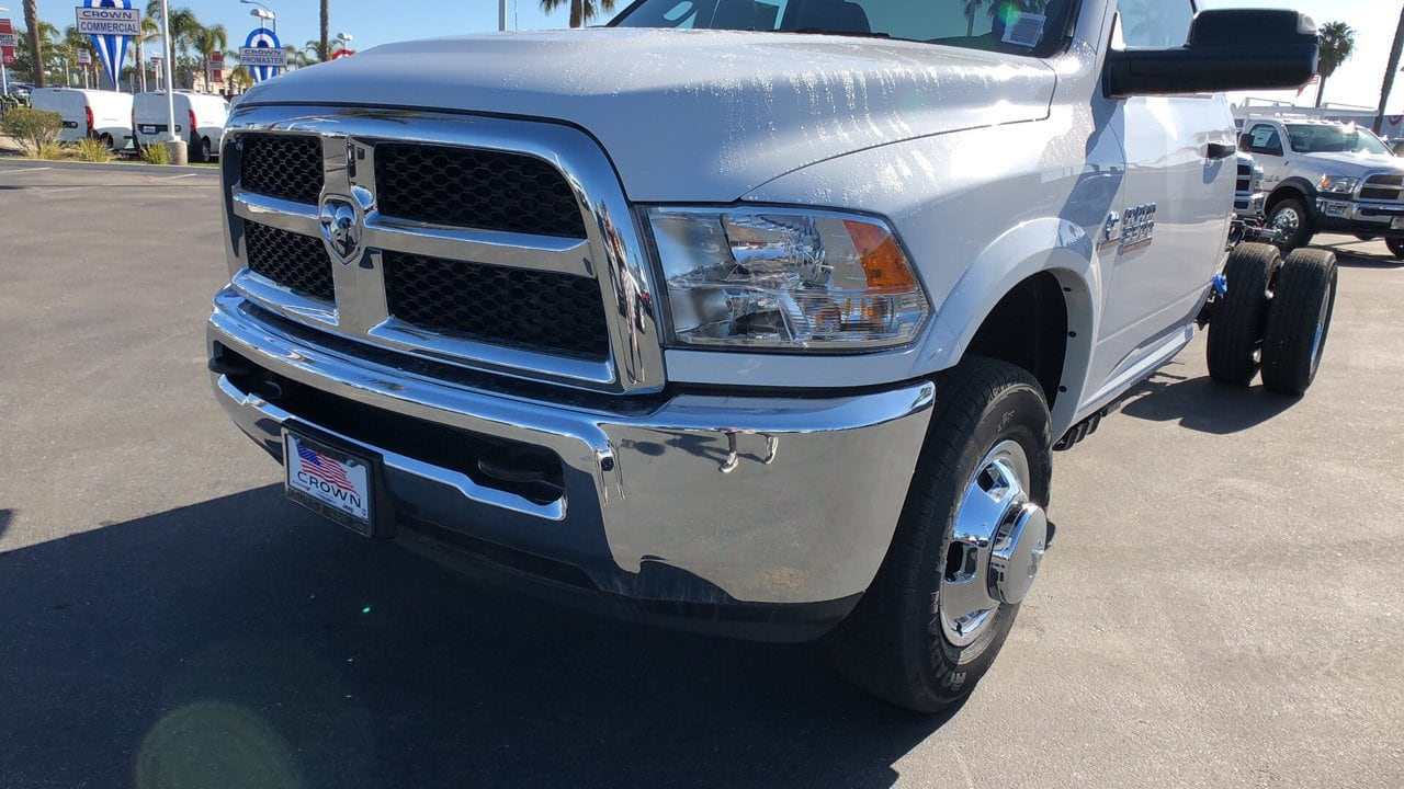 2018 Ram 3500 Regular Cab DRW 4x2,  Cab Chassis #E3237 - photo 9
