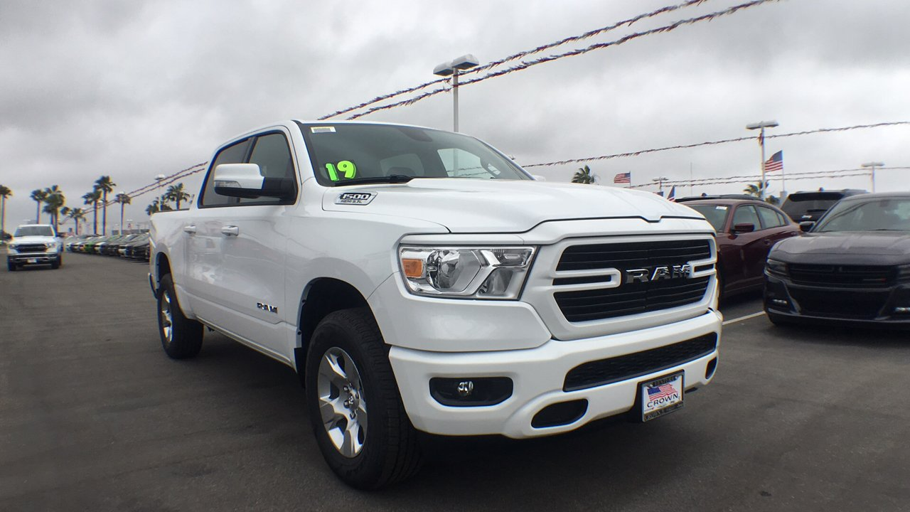 2019 Ram 1500 Crew Cab 4x4,  Pickup #G1068 - photo 4