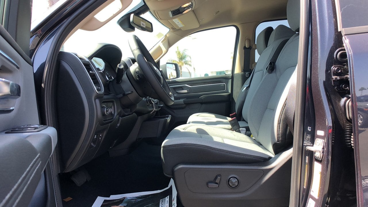 2019 Ram 1500 Crew Cab 4x2,  Pickup #G1199 - photo 10