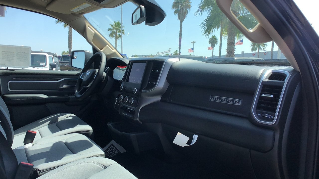 2019 Ram 1500 Crew Cab 4x2,  Pickup #G1199 - photo 17