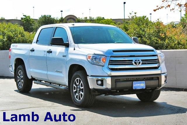 2017 Toyota Tundra Crew Cab 4x4, Pickup #P616523 - photo 1