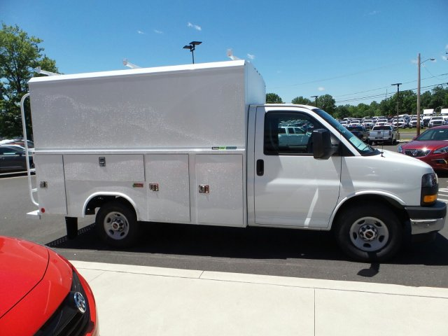 2017 Savana 3500, Reading Aluminum CSV Service Utility Van #75147 - photo 5