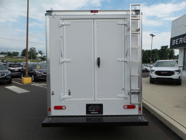 2017 Savana 3500, Supreme Cutaway Van #75467 - photo 7