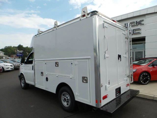 2017 Savana 3500, Supreme Cutaway Van #75467 - photo 2