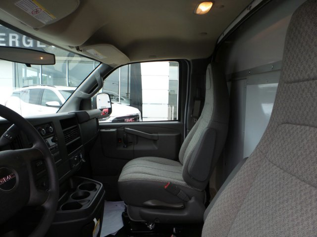 2017 Savana 3500, Supreme Cutaway Van #75473 - photo 13