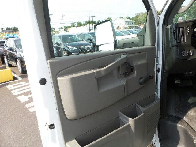 2017 Savana 3500, Supreme Service Utility Van #75523 - photo 12