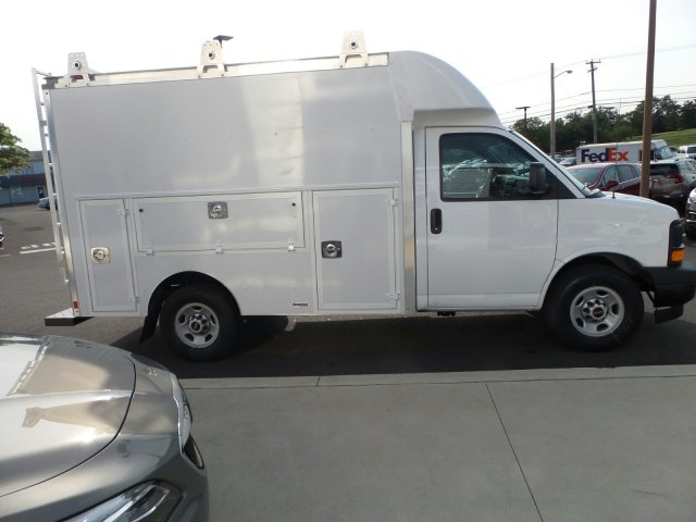 2017 Savana 3500, Supreme Service Utility Van #75525 - photo 5