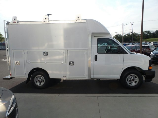 2017 Savana 3500, Supreme Service Utility Van #75526 - photo 5