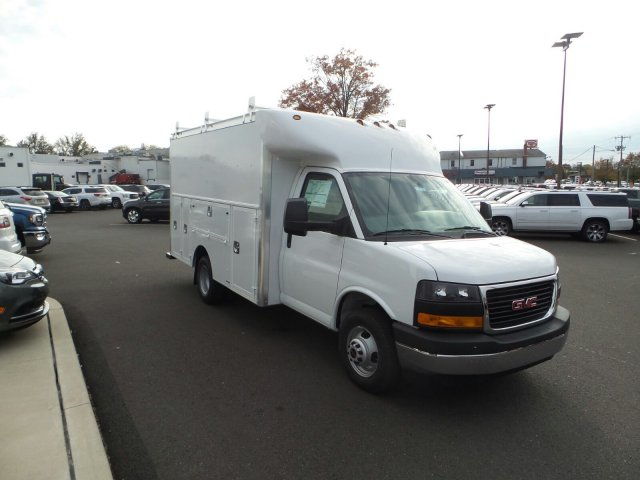 2017 Savana 3500, Supreme Service Utility Van #75555 - photo 4