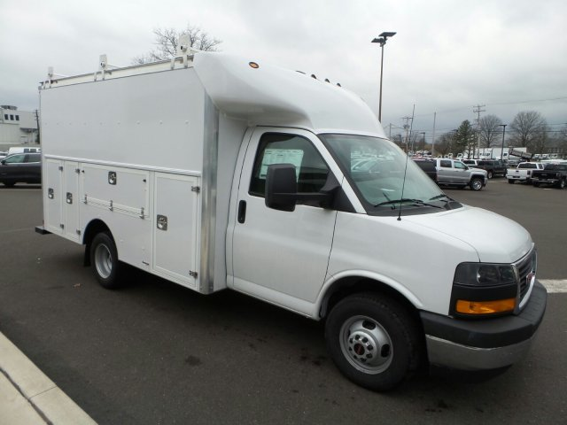 2018 Savana 3500, Supreme Service Utility Van #75928 - photo 4