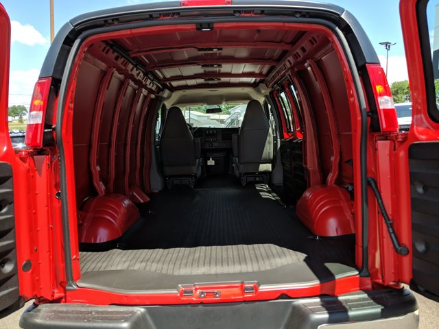 2020 GMC Savana 3500 4x2, Empty Cargo Van #77650 - photo 1