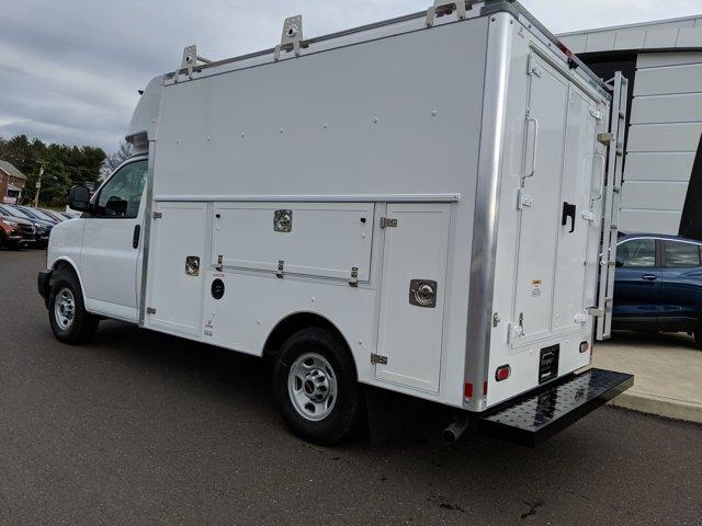 2020 GMC Savana 3500 4x2, Supreme Cutaway Van #77893 - photo 1