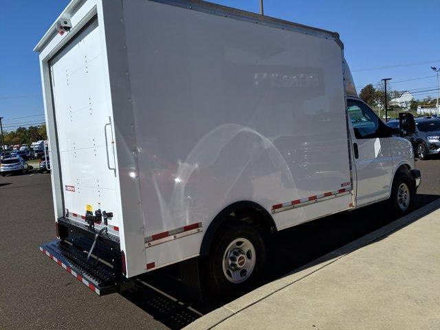 2020 GMC Savana 3500 RWD, Cutaway Van #77919 - photo 6