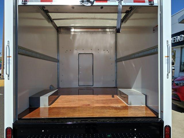 2020 GMC Savana 3500 RWD, Cutaway Van #77919 - photo 8