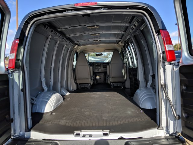 2021 GMC Savana 2500 4x2, Empty Cargo Van #78062 - photo 2