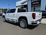 2021 GMC Sierra 1500 Crew Cab 4x4, Pickup #78207 - photo 2