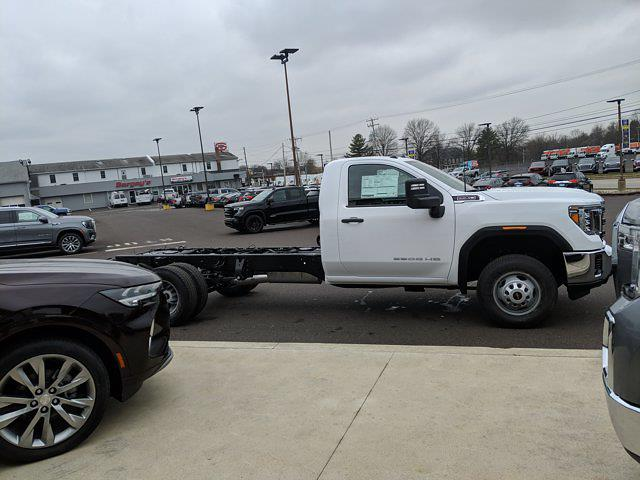 2021 GMC Sierra 3500 Regular Cab 4x4, Cab Chassis #78219 - photo 5