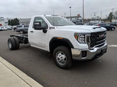 2021 GMC Sierra 3500 Regular Cab 4x4, Cab Chassis #78219 - photo 4