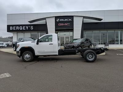 2021 GMC Sierra 3500 Regular Cab 4x4, Cab Chassis #78219 - photo 9