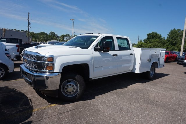 2019 Silverado 3500 Crew Cab DRW 4x4,  Reading Service Body #19C1171 - photo 1