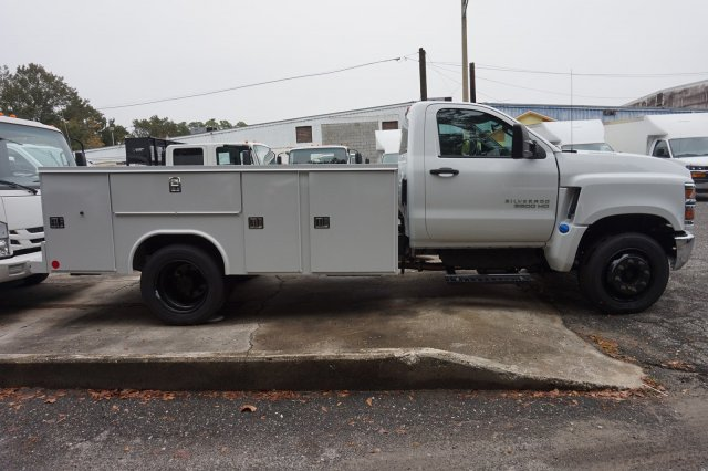 2019 Silverado Medium Duty Regular Cab DRW 4x2, Service Body #19C1447 - photo 2